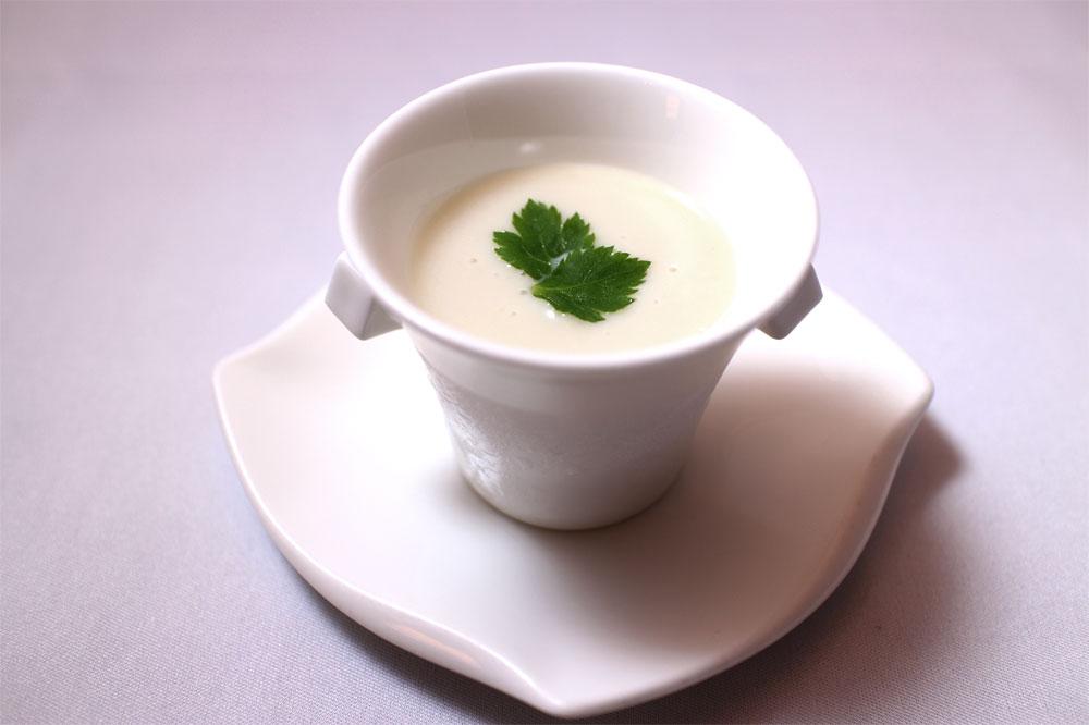 里芋豆乳スープ